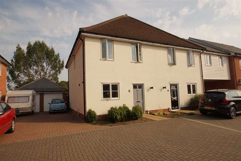 3 Bedrooms Semi Detached House for sale in Britannia Mews, Colchester