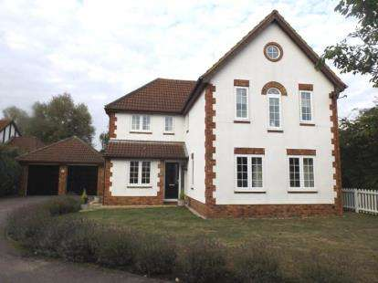 4 Bedrooms Detached House for sale in Great Portway, Great Denham, Bedford, Bedfordshire