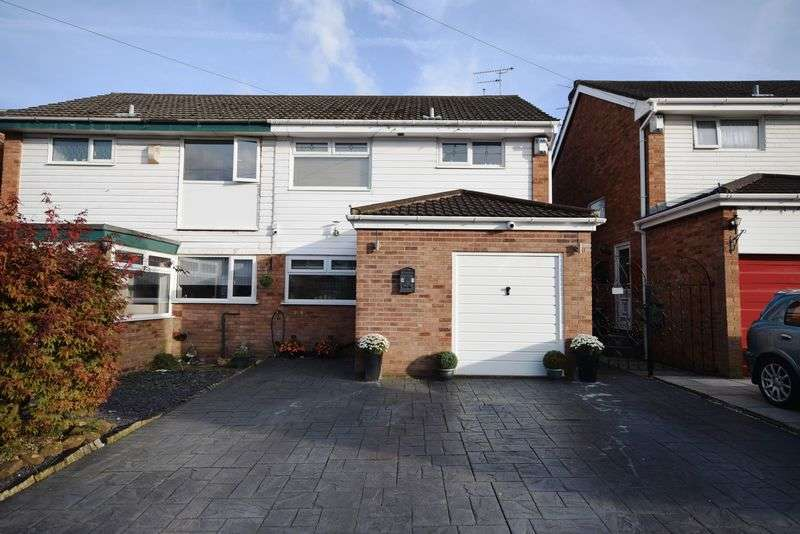 3 Bedrooms Semi Detached House for sale in Grosvenor Road, Widnes