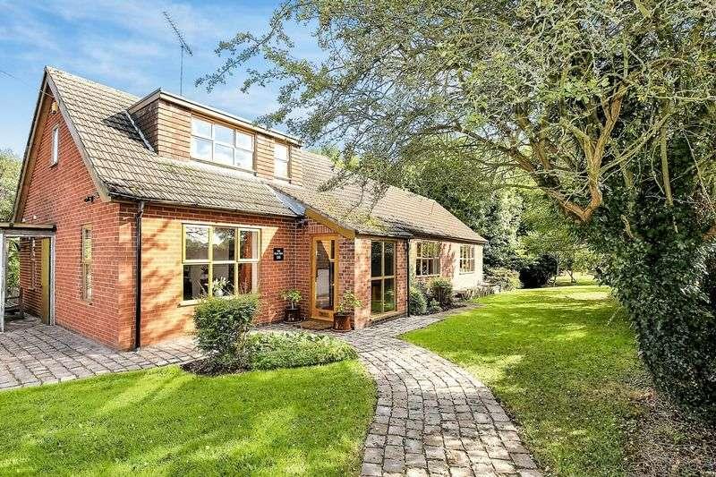 4 Bedrooms Detached House for sale in Shortheath, Nr. Moira, Derbyshire DE12 6BL