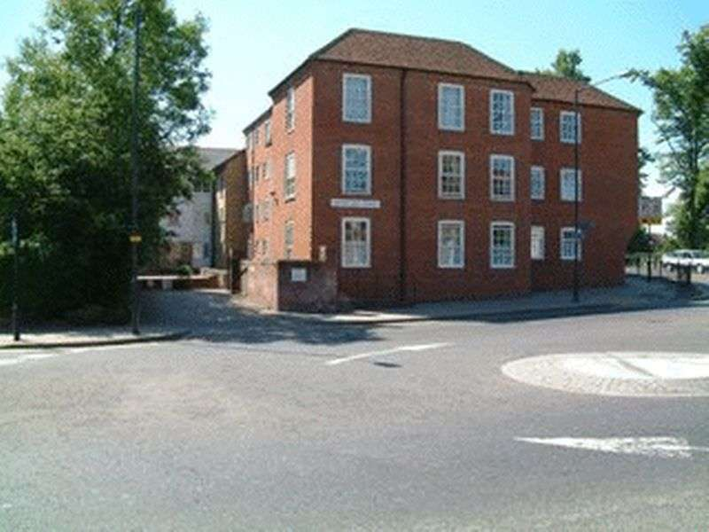1 Bedroom Retirement Property for sale in Deans Mill Court, Canterbury, CT1 2BF