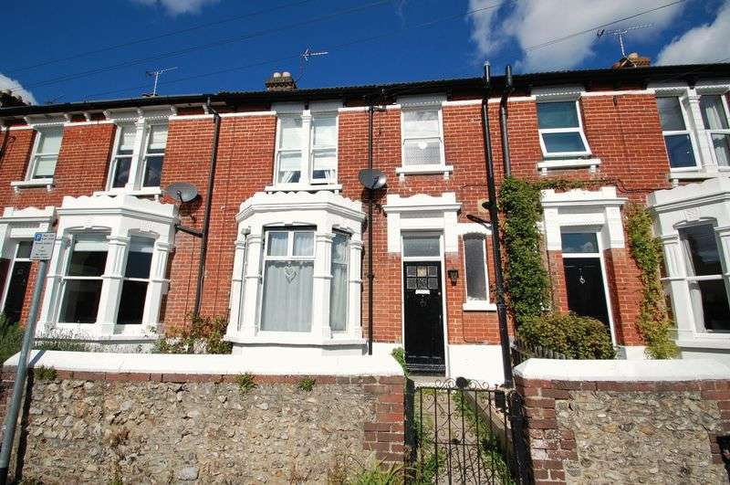 3 Bedrooms Terraced House for sale in Osborne Road, PETERSFIELD, Hampshire