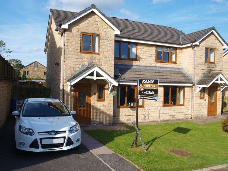 3 Bedrooms Semi Detached House for sale in Daneswood Fold, Whitworth, OL12 8UE