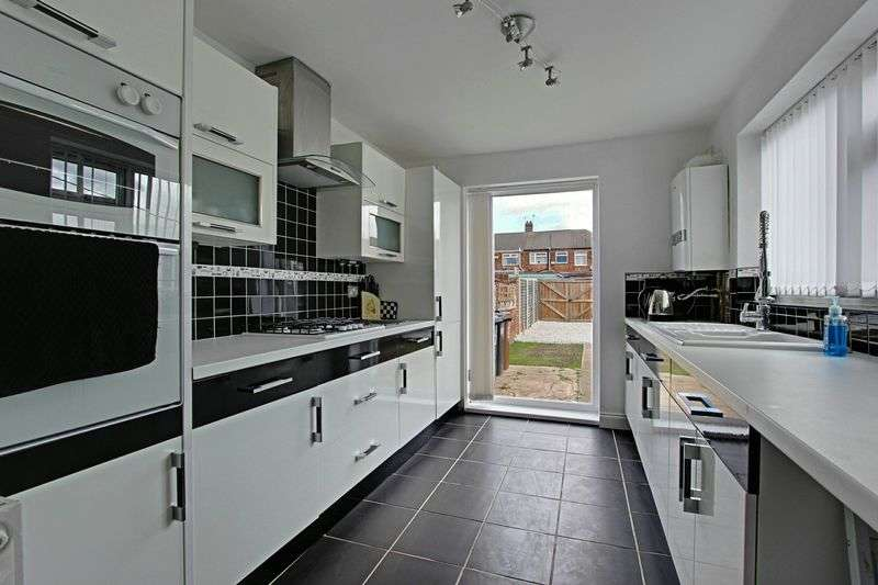 3 Bedrooms Terraced House for sale in Sutton Road, Hull