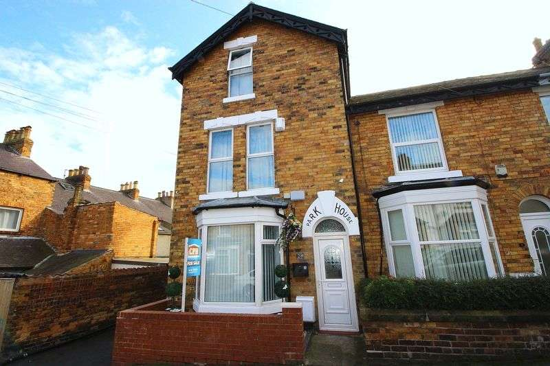 5 Bedrooms Terraced House for sale in Park House, Park Street, Scarborough, YO12 4AQ
