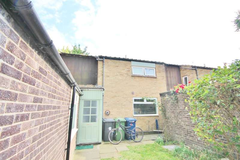 3 Bedrooms Terraced House for sale in Hazelwood Close