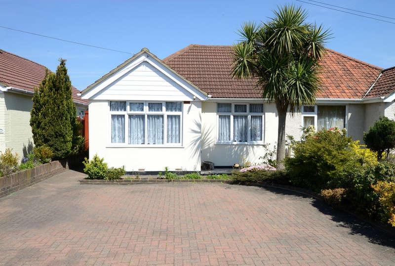 3 Bedrooms Semi Detached Bungalow for sale in Kingston Road, Ashford