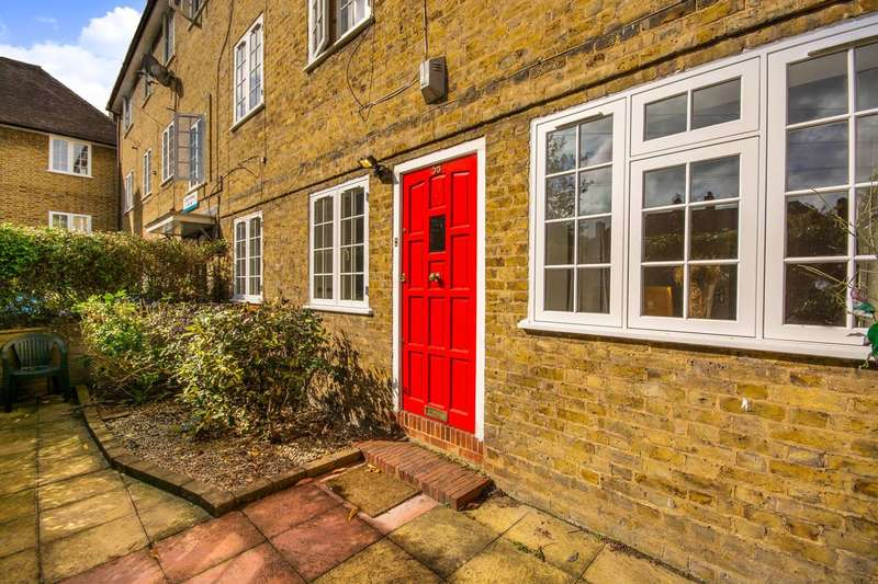 2 Bedrooms Flat for sale in Casino Avenue, North Dulwich, SE24