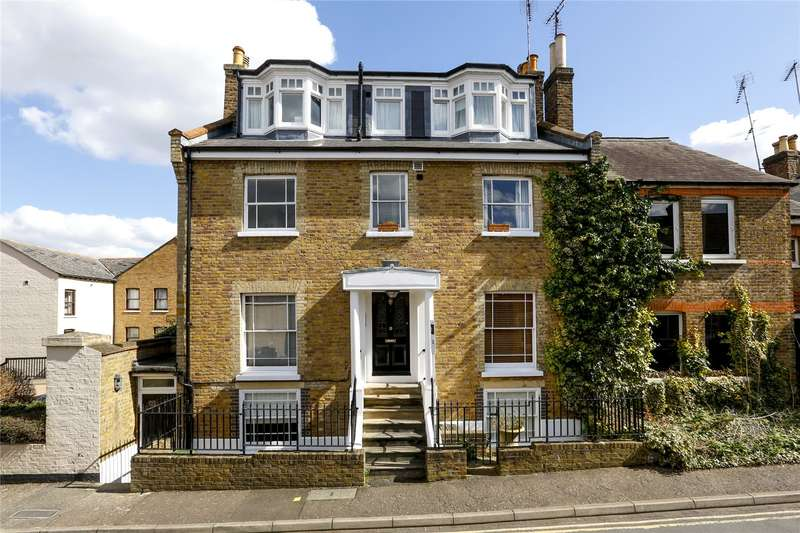 2 Bedrooms Flat for sale in Princes Road, Richmond, TW10
