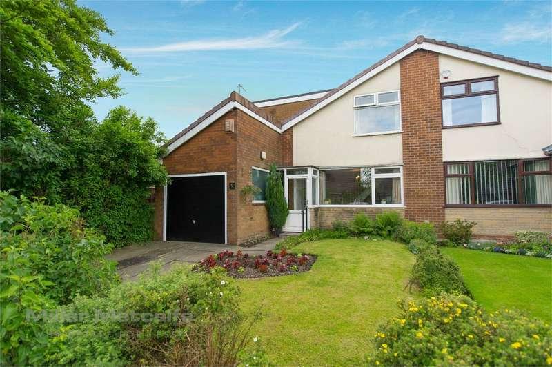 4 Bedrooms Semi Detached House for sale in Fellside, Harwood, Bolton, Lancashire