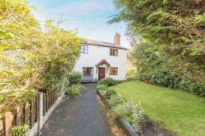 3 Bedrooms Semi Detached House for sale in Roe Green, Worsley, Manchester, Greater Manchester