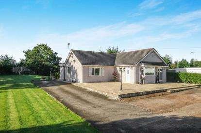4 Bedrooms Bungalow for sale in Kelsterton, Flint, Flintshire, The Sheiling Kelsterto, CH6