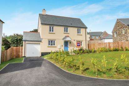 3 Bedrooms Detached House for sale in Menear Meadows, St. Austell, Cornwall