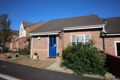 2 Bedrooms Bungalow for sale in Bridport, Dorset