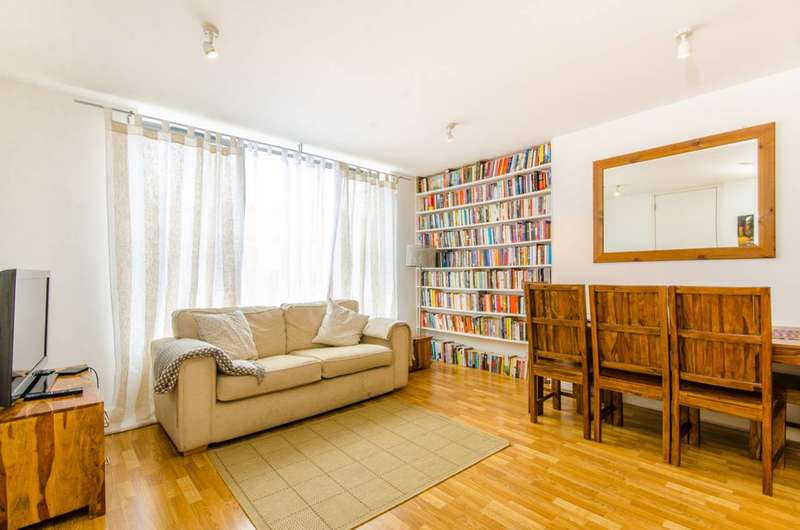 3 Bedrooms Flat for sale in Seven Sisters Road, Holloway, N7