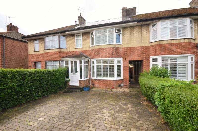 3 Bedrooms Terraced House for sale in Bullhead Road, Borehamwood, Hertfordshire, WD6