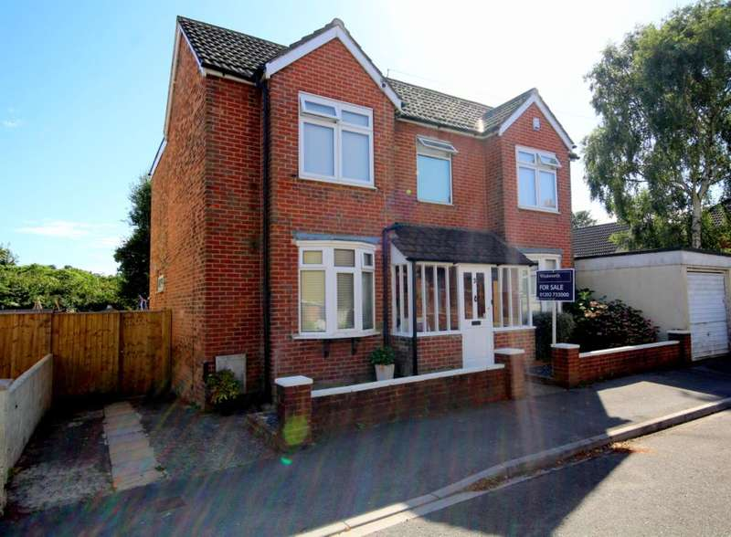 4 Bedrooms Detached House for sale in Lodge Close, Lower Parkstone, Poole, BH14