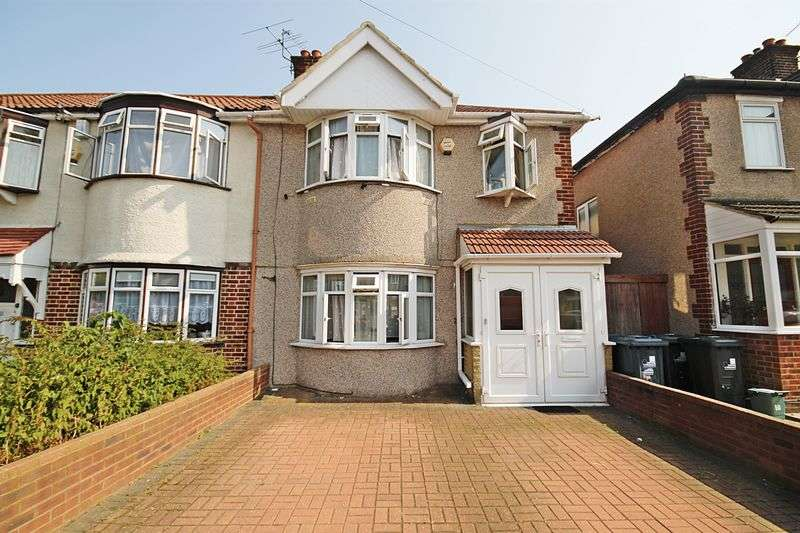 3 Bedrooms Terraced House for sale in Extended three bedroom family home