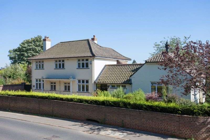 4 Bedrooms Detached House for sale in Hingham