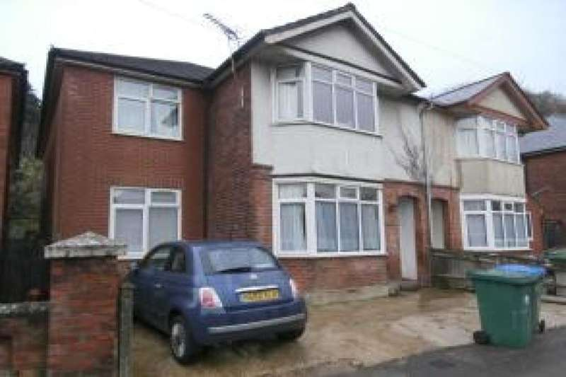 7 Bedrooms Property for rent in Osborne Road South, Southampton, SO17