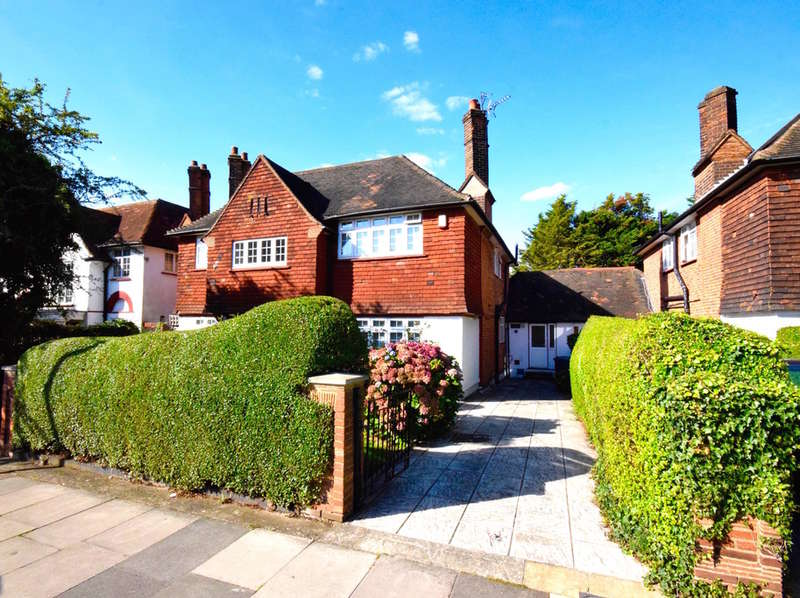 5 Bedrooms Detached House for sale in THE RIDGEWAY, GOLDERS GREEN, LONDON, NW11