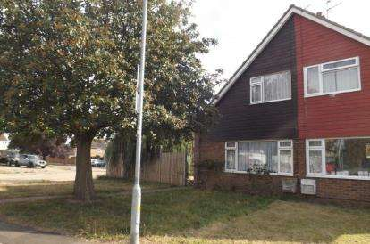 3 Bedrooms Semi Detached House for sale in Clacton-On-Sea, Essex