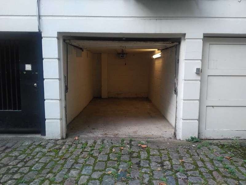 Garages Garage / Parking for sale in Garage, Gate Mews, Knightsbridge SW7