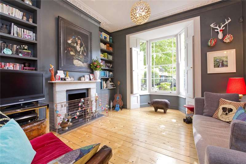 5 Bedrooms Terraced House for sale in St Philip's Road, Hackney, E8