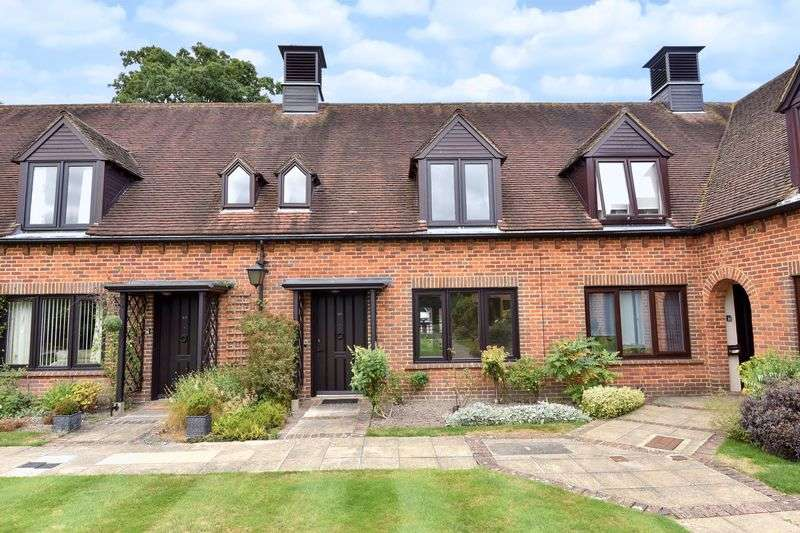 2 Bedrooms Cottage House for sale in Atwater Court, Lenham