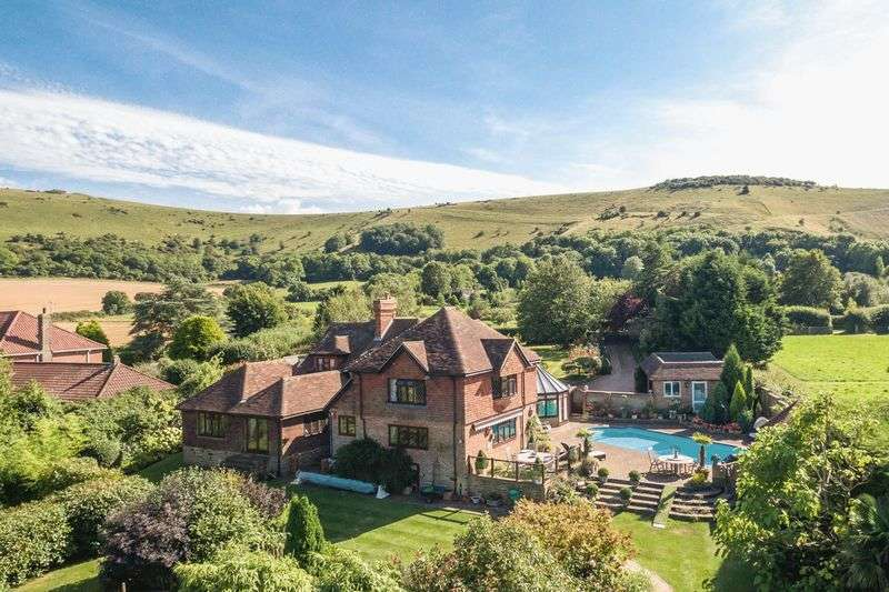 5 Bedrooms Detached House for sale in Poynings Road, Fulking