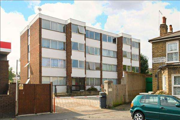 2 Bedrooms Apartment Flat for sale in Foxberry Court Foxberry Road, Brockley