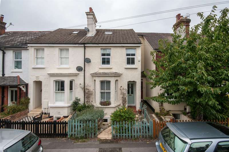 4 Bedrooms Semi Detached House for sale in Lesbourne Road, Reigate, RH2