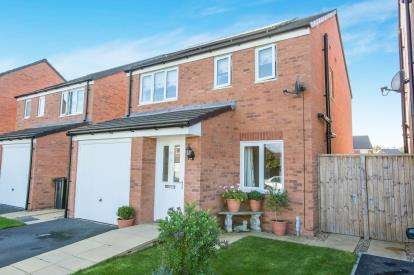 3 Bedrooms Detached House for sale in Jubilee Pastures, Middlewich, Cheshire