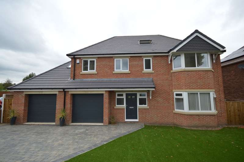 6 Bedrooms Detached House for sale in Kingsway, Ossett