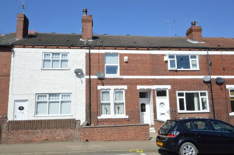 2 Bedrooms Terraced House for sale in Castleford Road, Normanton
