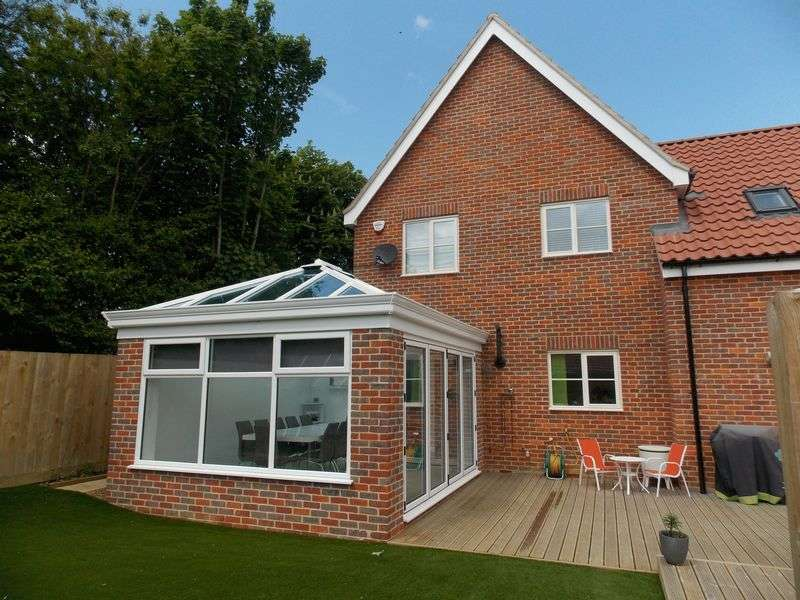 3 Bedrooms Semi Detached House for sale in Hopton Road, Barningham