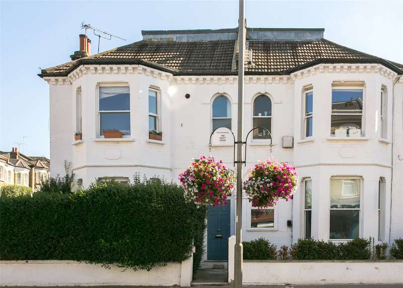 3 Bedrooms Flat for sale in Northcote Road, Battersea, London, SW11