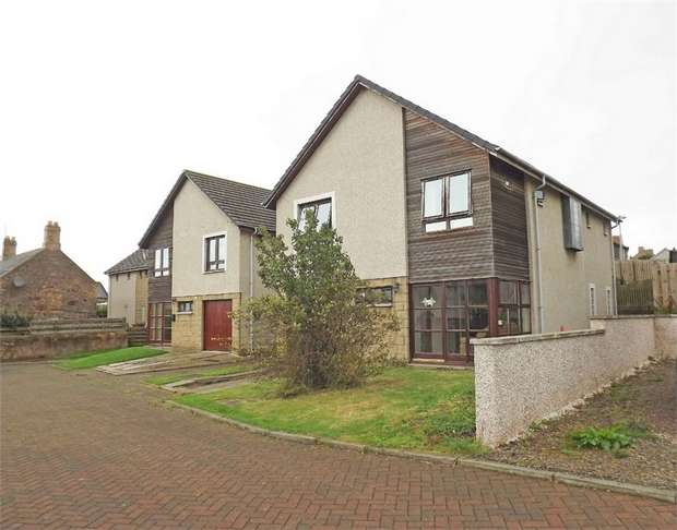 4 Bedrooms Detached House for sale in Well Court, Chirnside, Duns, Scottish Borders