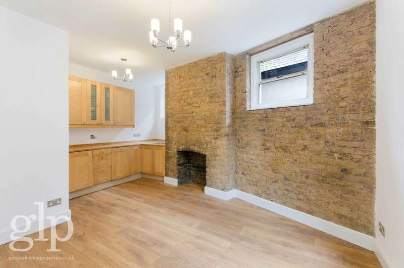 1 Bedroom Flat for sale in Old Compton Street, Soho