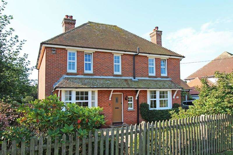 4 Bedrooms Detached House for sale in Balmer Lawn Road, Brockenhurst