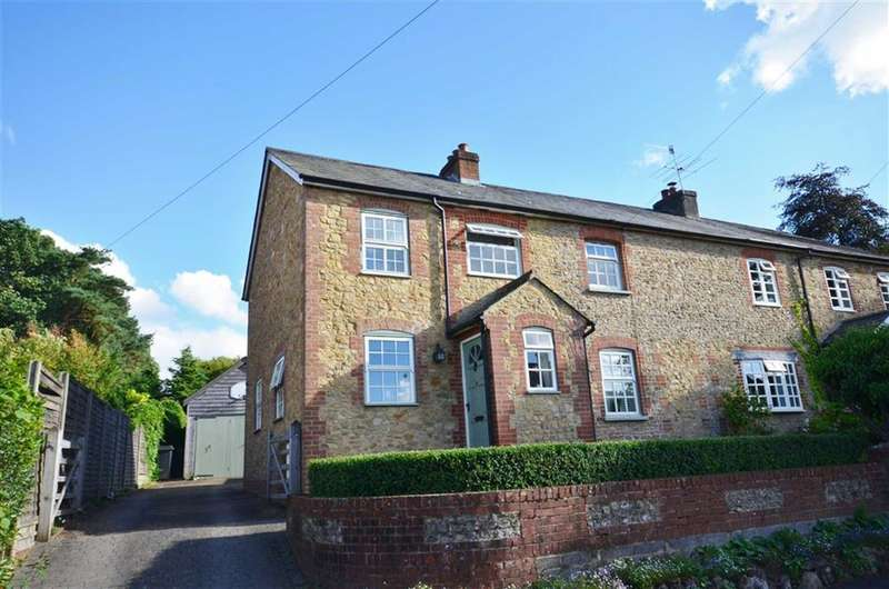 4 Bedrooms Property for sale in Upper Bourne Lane, Wrecclesham, Farnham