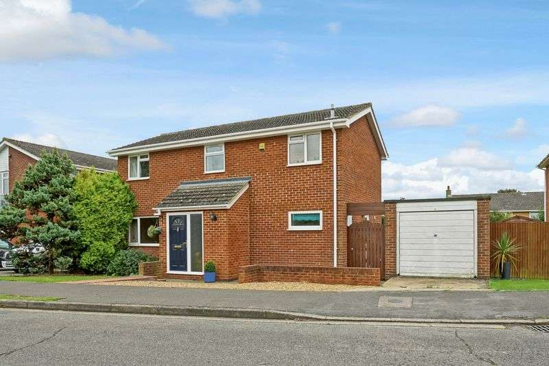 4 Bedrooms Detached House for sale in Eaton Ford, St. Neots