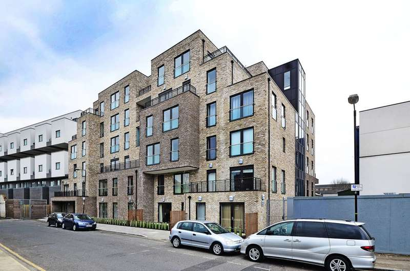 3 Bedrooms Flat for sale in Furze Street, Bow, E3