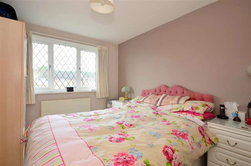 3 Bedrooms Link Detached House for sale in Southwood Road, Tunbridge Wells, Kent