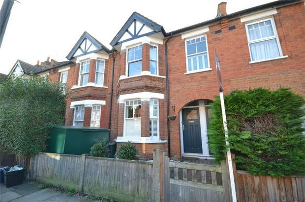 2 Bedrooms Maisonette Flat for sale in Godstone Road, St Margarets, Twickenham