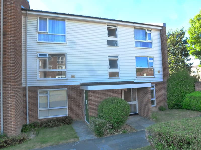 1 Bedroom Flat for sale in Holmbury Grove, Featherbed Lane, Forestdale, CR0 9AQ