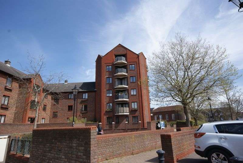 1 Bedroom Flat for sale in Crown Mews, Clarence Road, Gosport, PO12