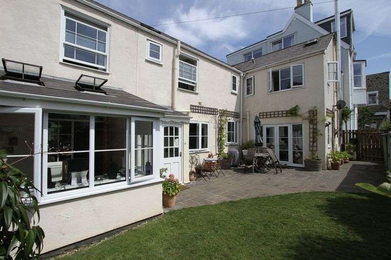 4 Bedrooms Semi Detached House for sale in Copse Road, Clevedon