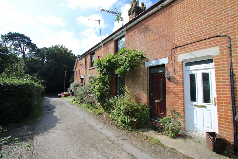 3 Bedrooms Terraced House for sale in STUDLAND