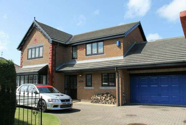 4 Bedrooms Detached House for sale in 'Redlands' Reid Terrace, Guisborough